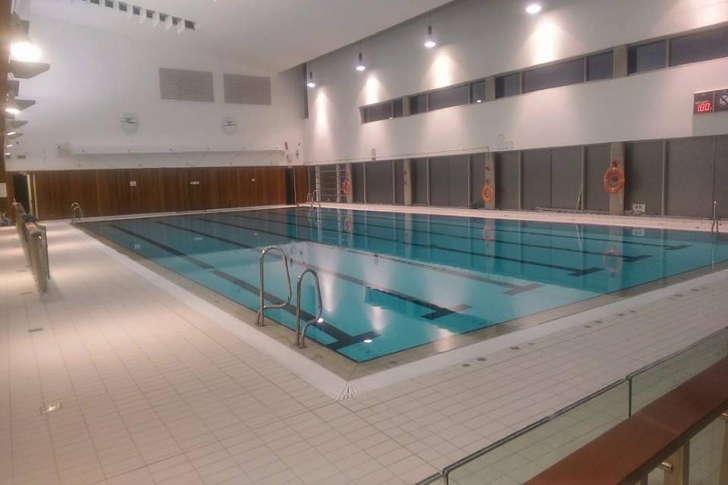 Ballyfermot Sports and Fitness Centre Indoor swimming pool