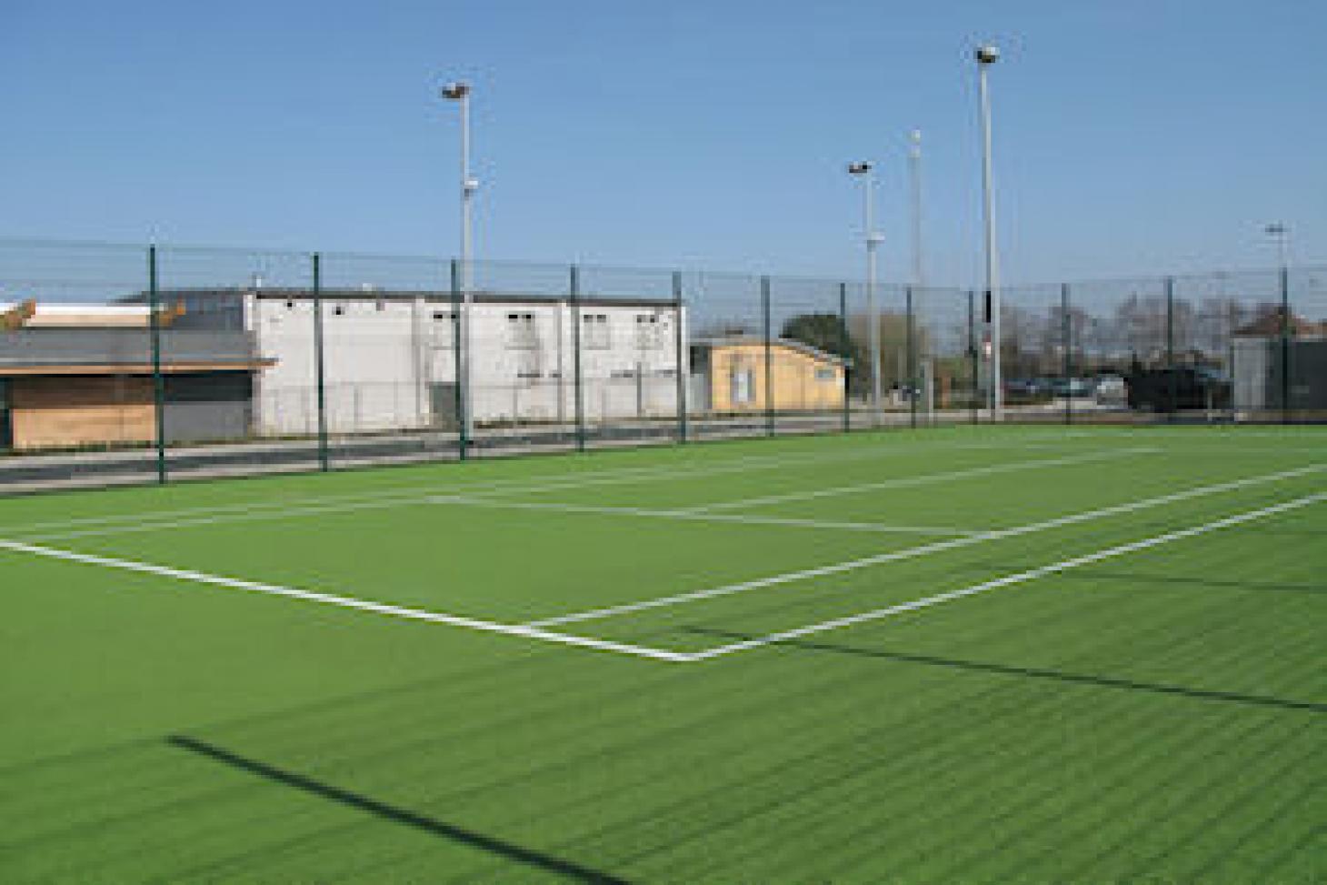 dlr Meadowbrook Outdoor   Astroturf tennis court