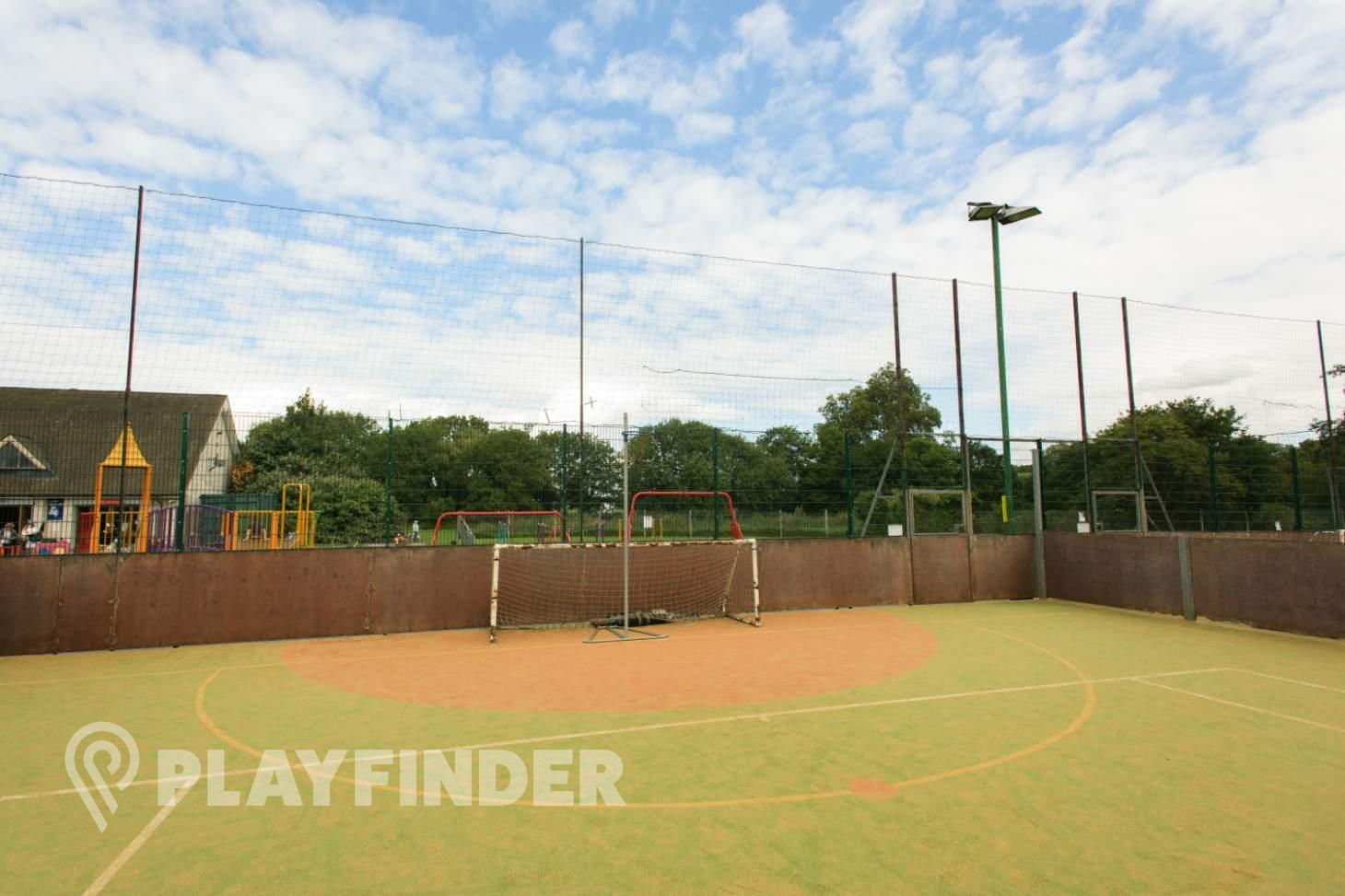 Rocks Lane Barnes 5 a side | Astroturf football pitch