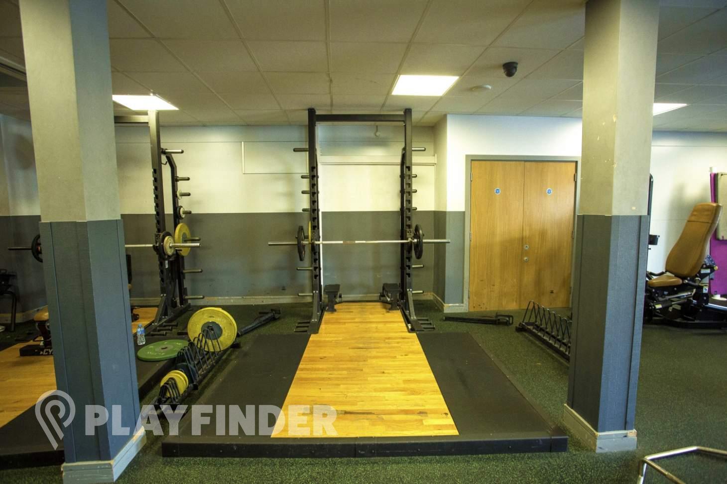 Barking Sporthouse Gym gym