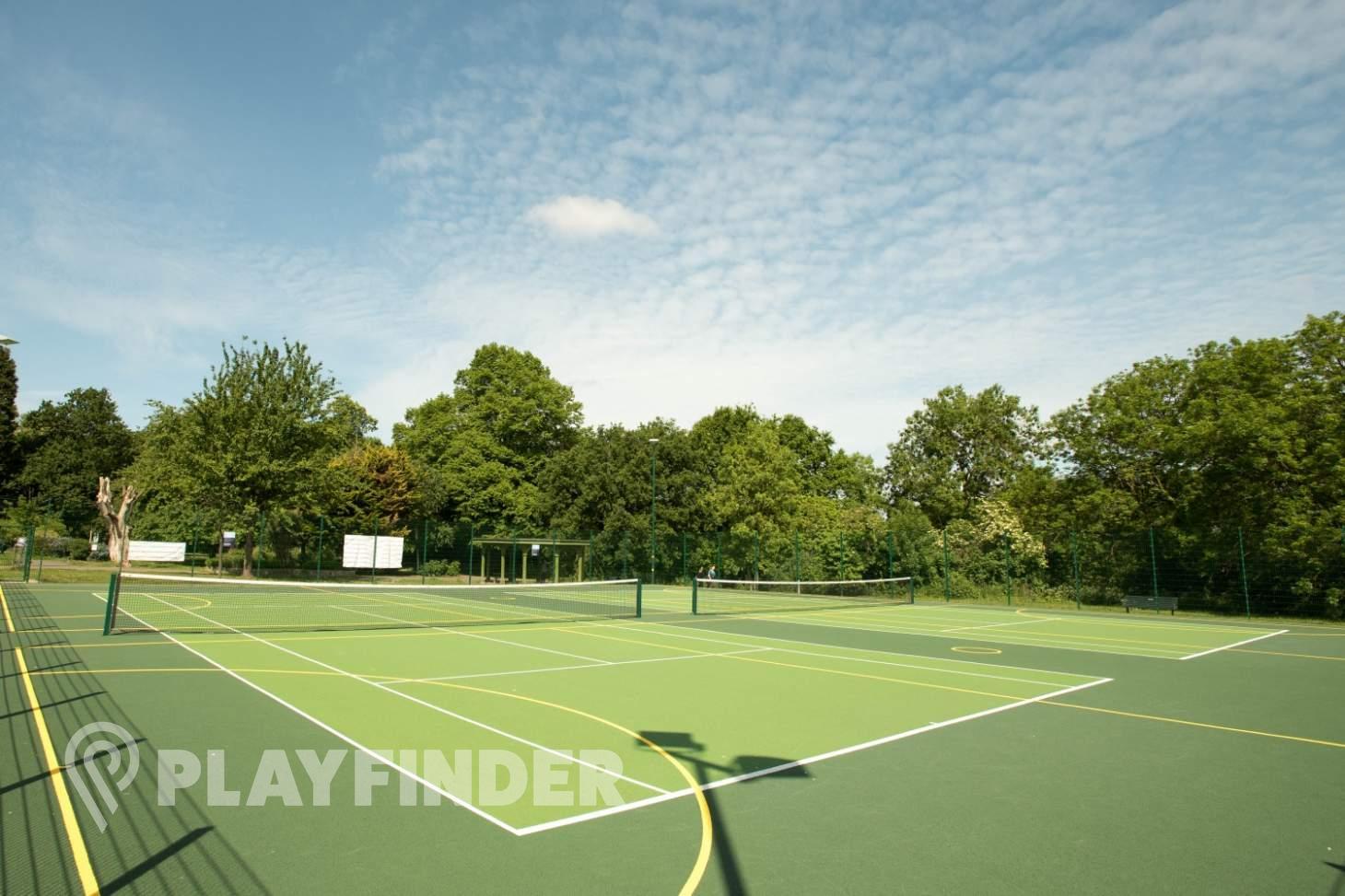 Will to Win Pitshanger Park Outdoor | Hard (macadam) netball court