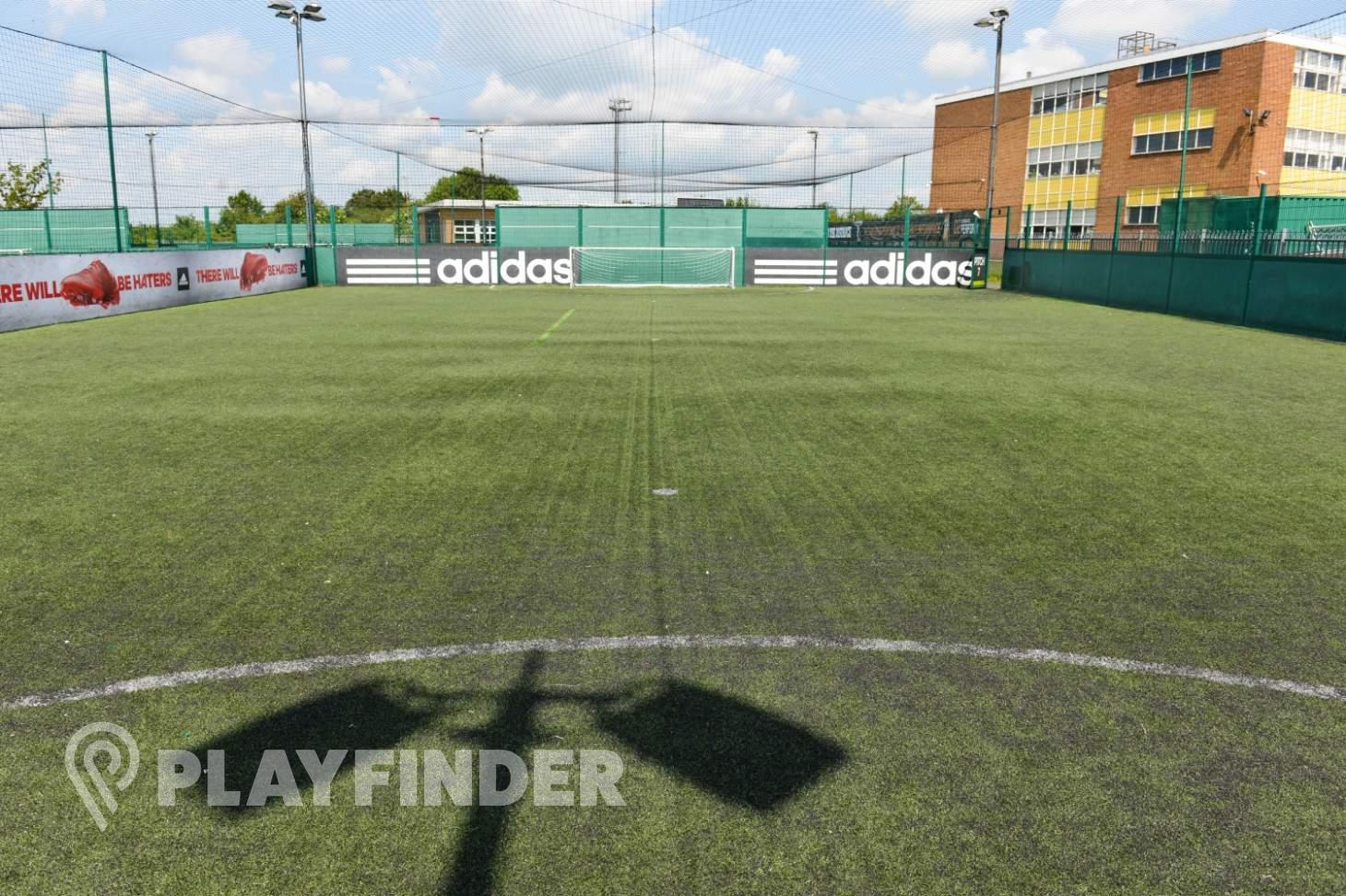 PlayFootball Luton 5 a side | 3G Astroturf football pitch
