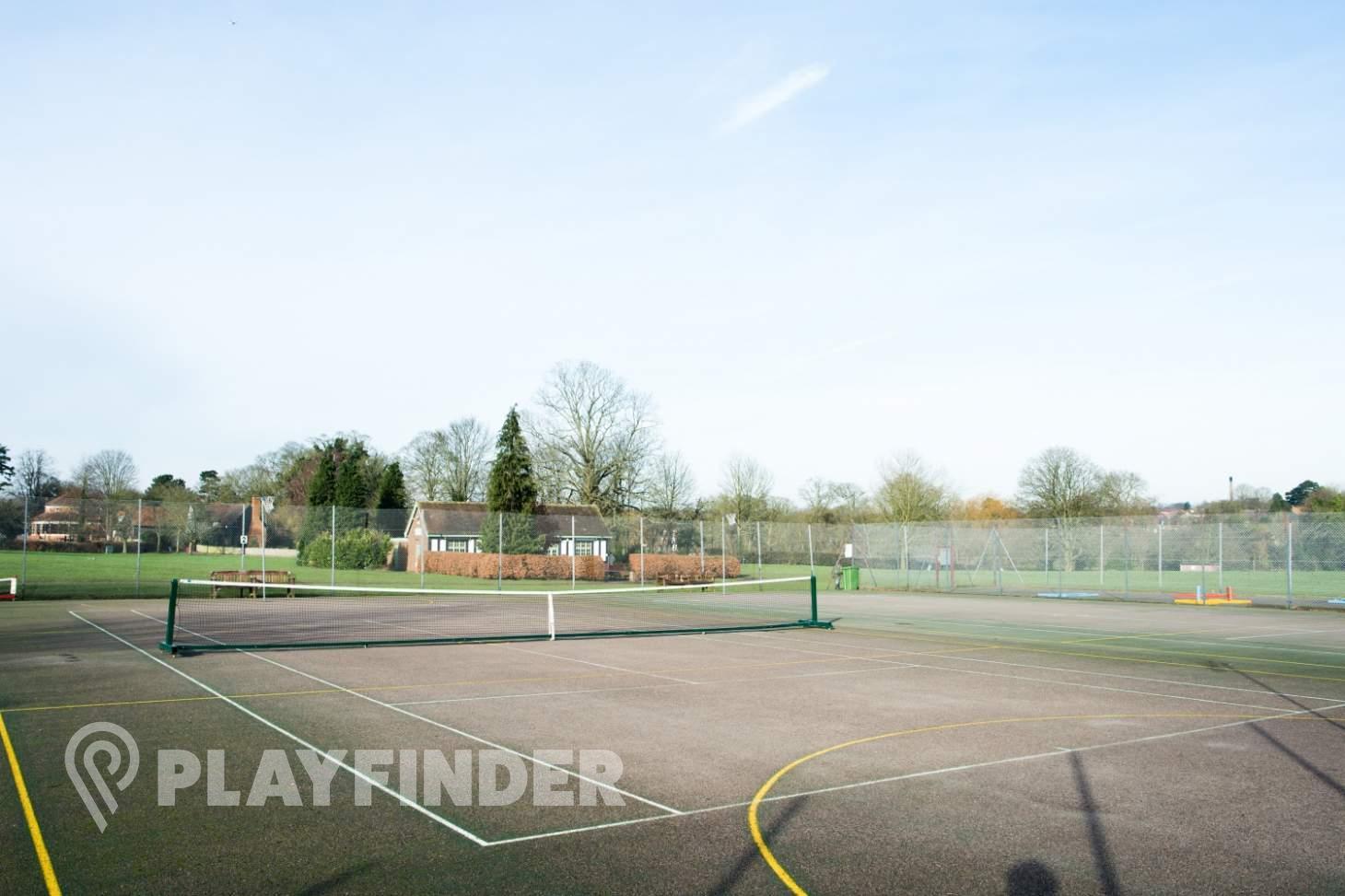 Abbey View Golf Course Outdoor   Hard (macadam) basketball court