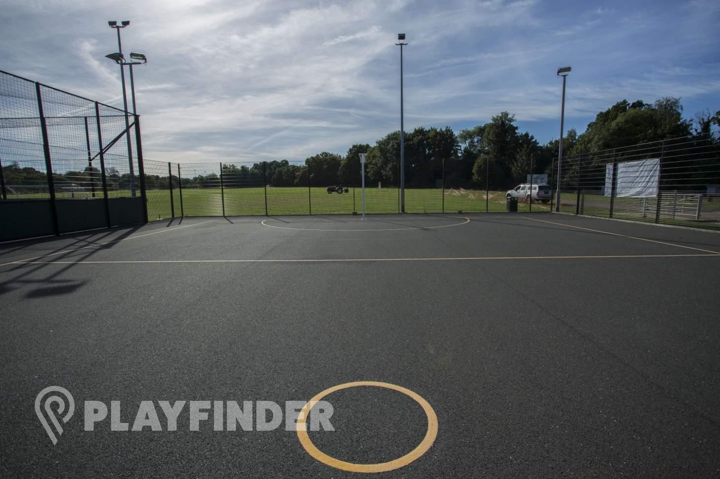 Club Langley Outdoor | Hard (macadam) netball court