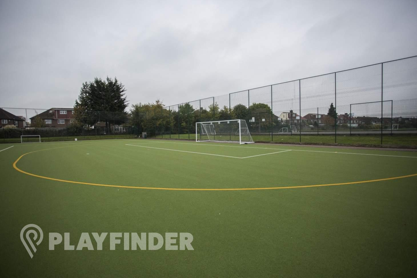 Barnhill Community School Outdoor | Astroturf hockey pitch