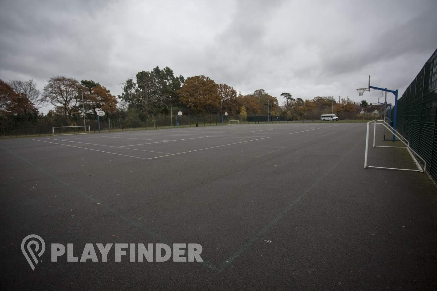 Harefield Academy Outdoor | Hard (macadam) basketball court