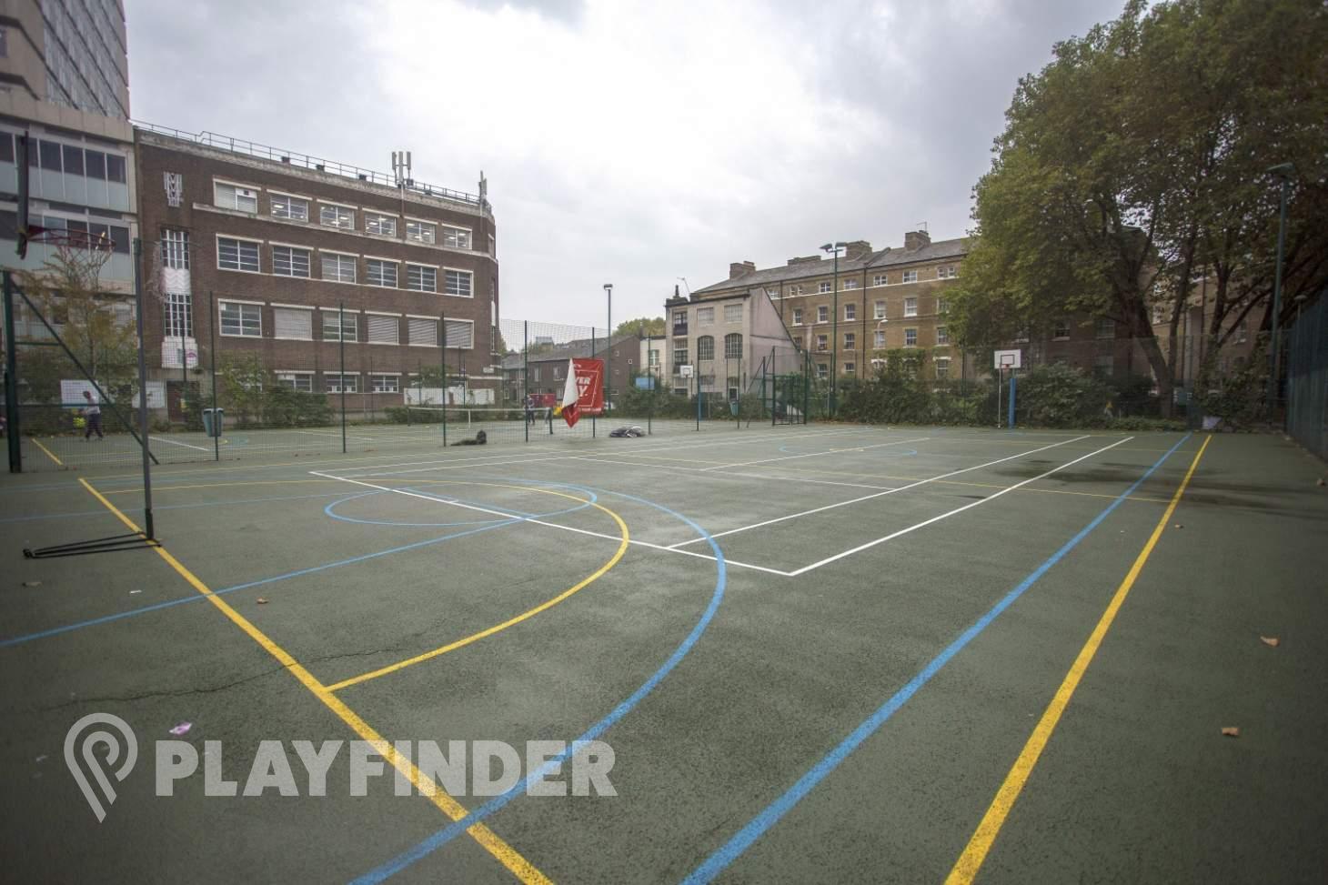 Colombo Centre Outdoor | Hard (macadam) basketball court