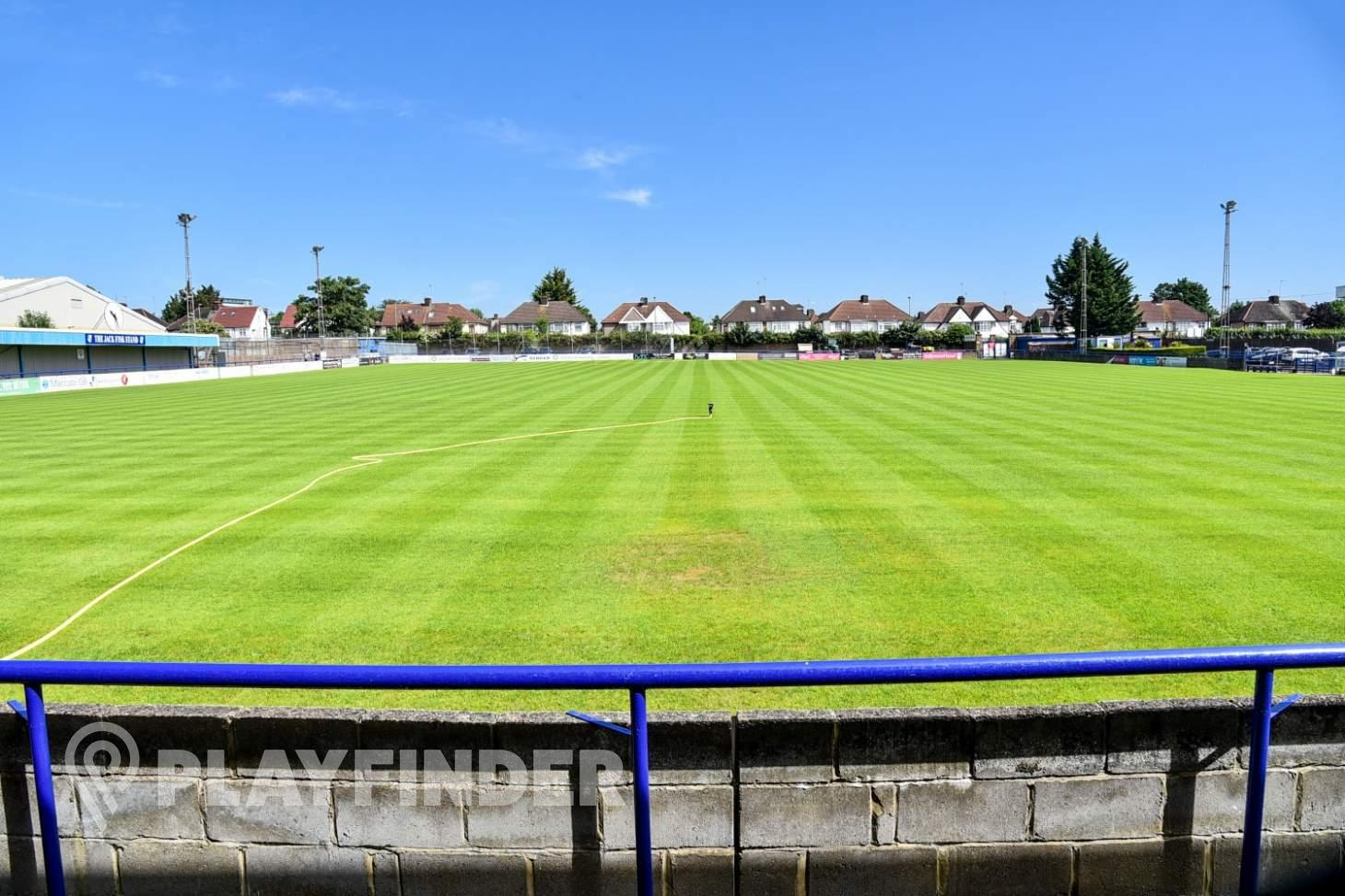Wingate and Finchley F.C 11 a side | Grass football pitch