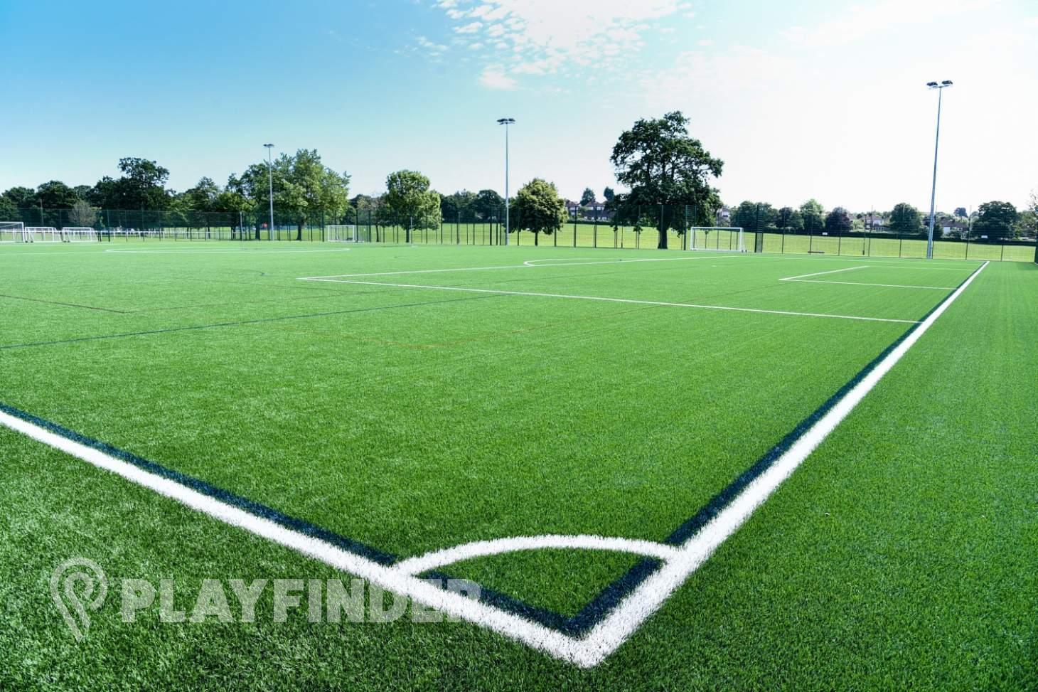 Barnet Lane 3G Pitch 11 a side | 3G Astroturf football pitch