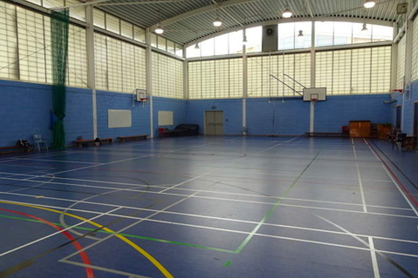 White City Tiger Turf 5 a side   Indoor football pitch