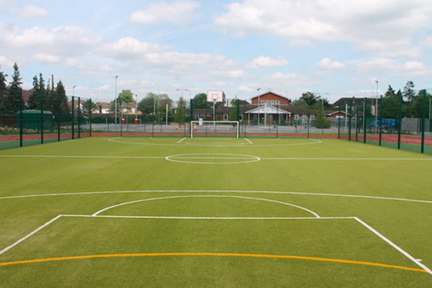Oaklands School 6-a-side pitch | Sand-based Astroturf hockey pitch