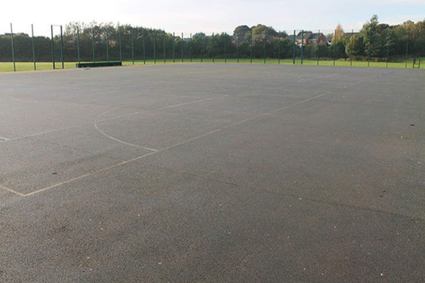 St. James's C of E High School Outdoor | Hard (macadam) tennis court