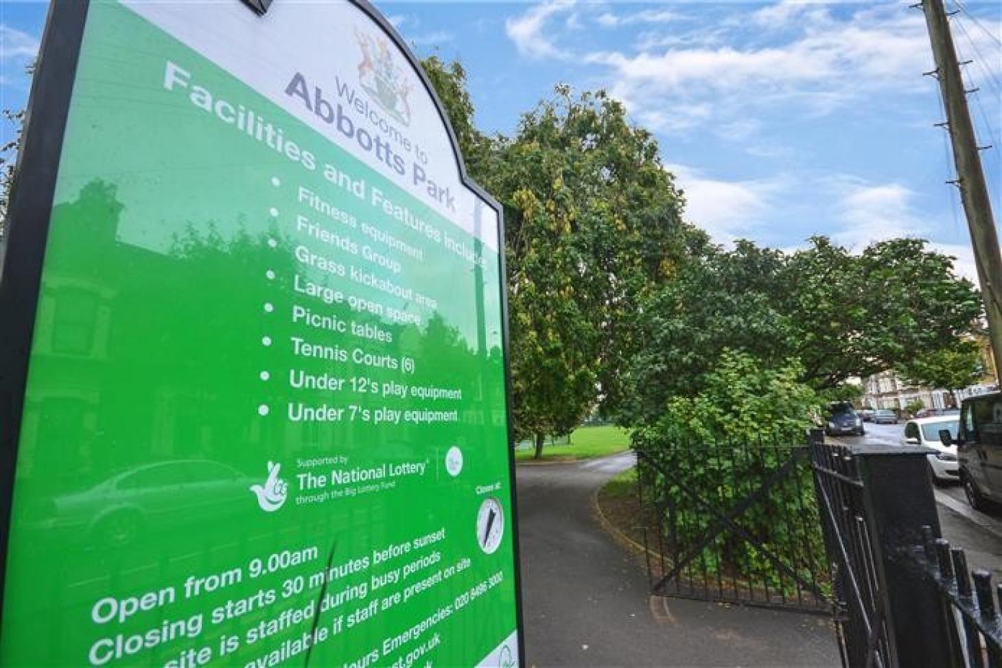 Abbotts Park Recreation Ground Outdoor   Hard (macadam) tennis court