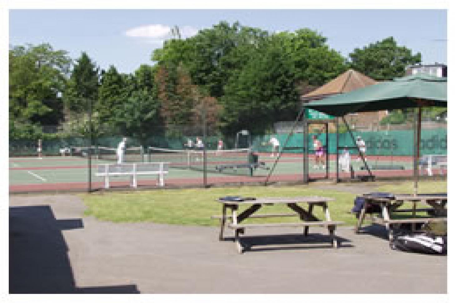 Sheen Lawn Tennis & Squash Club Outdoor | Hard (macadam) tennis court