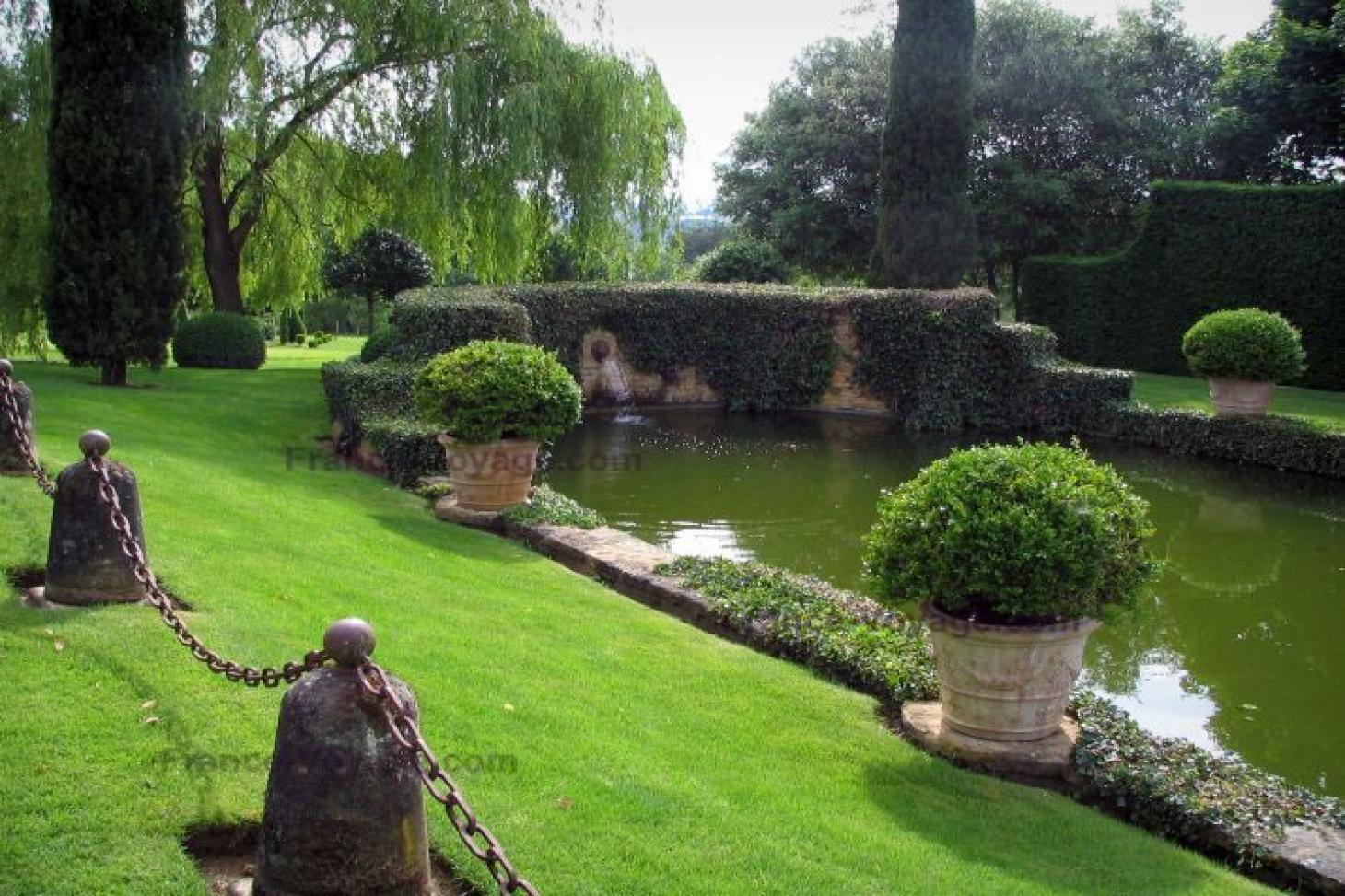 Manor House Gardens Outdoor | Hard (macadam) tennis court