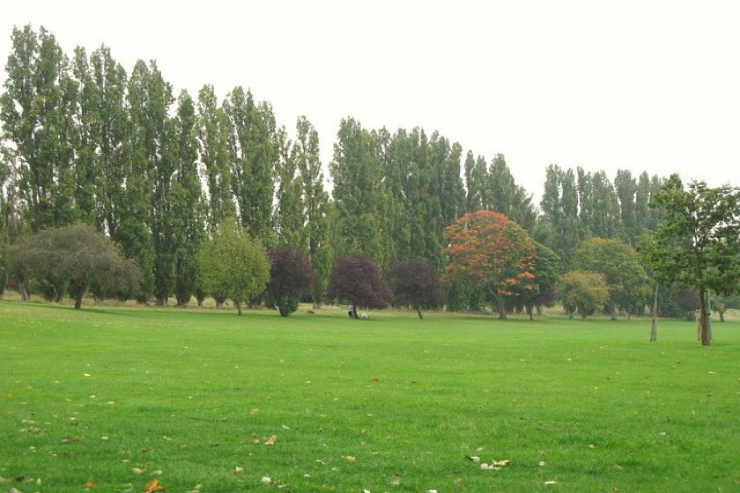 Chinbrook Meadows 5 a side   Concrete football pitch