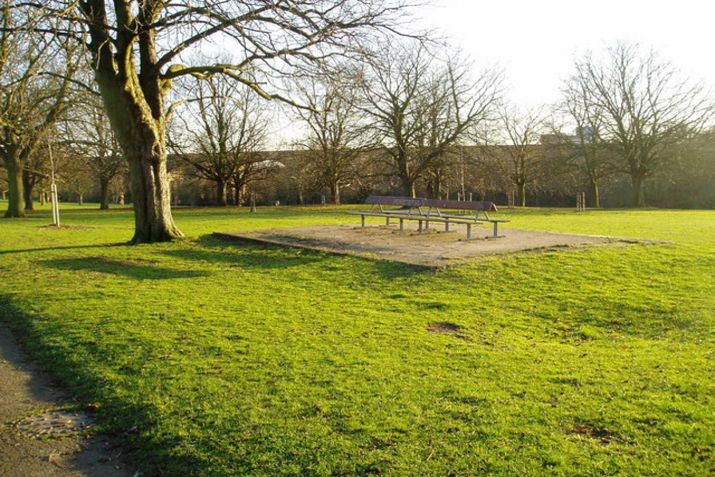 Churchfields Recreation Ground (Ealing) 5 a side | Concrete football pitch