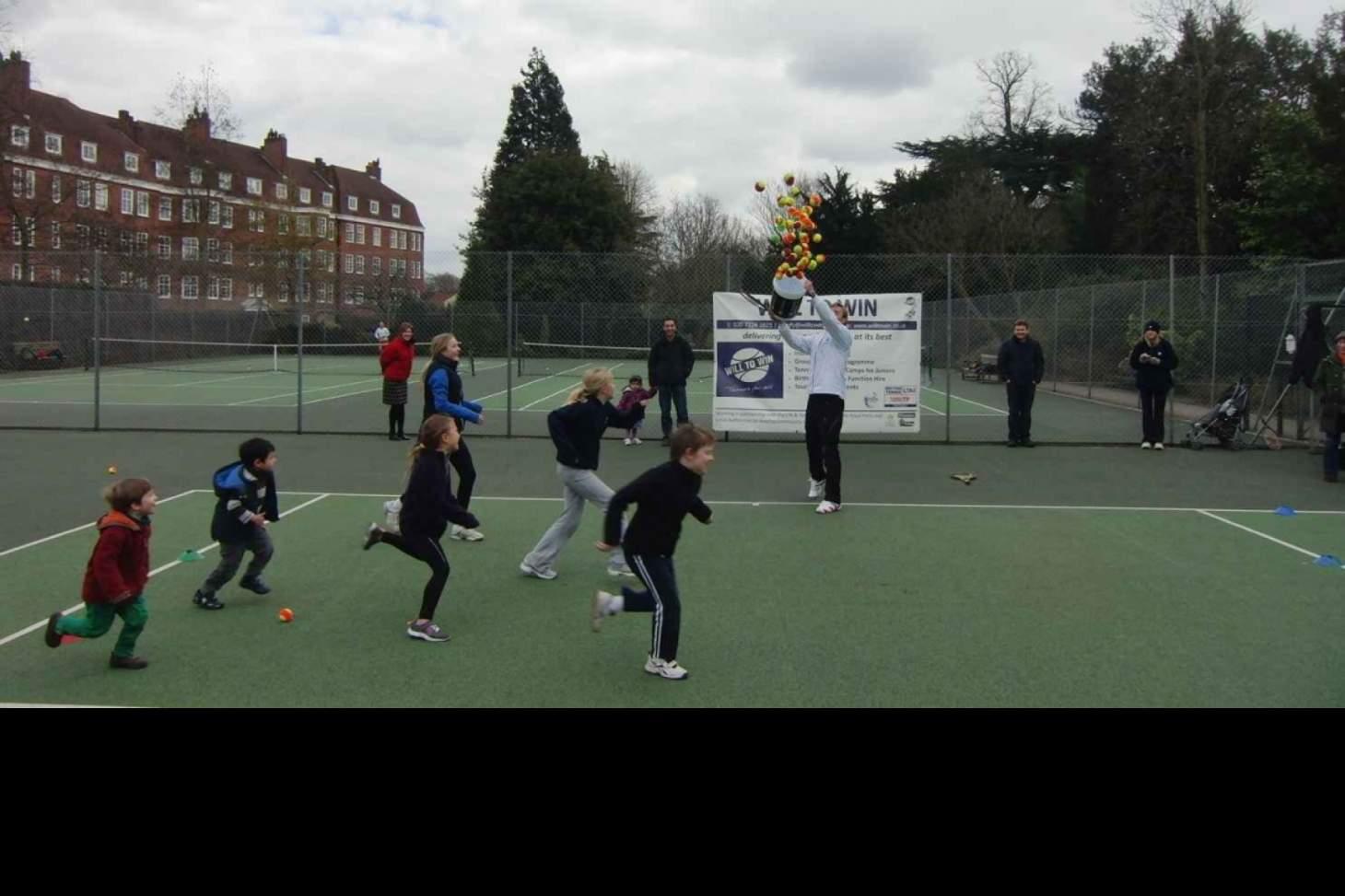 York House Gardens Outdoor | Hard (macadam) tennis court