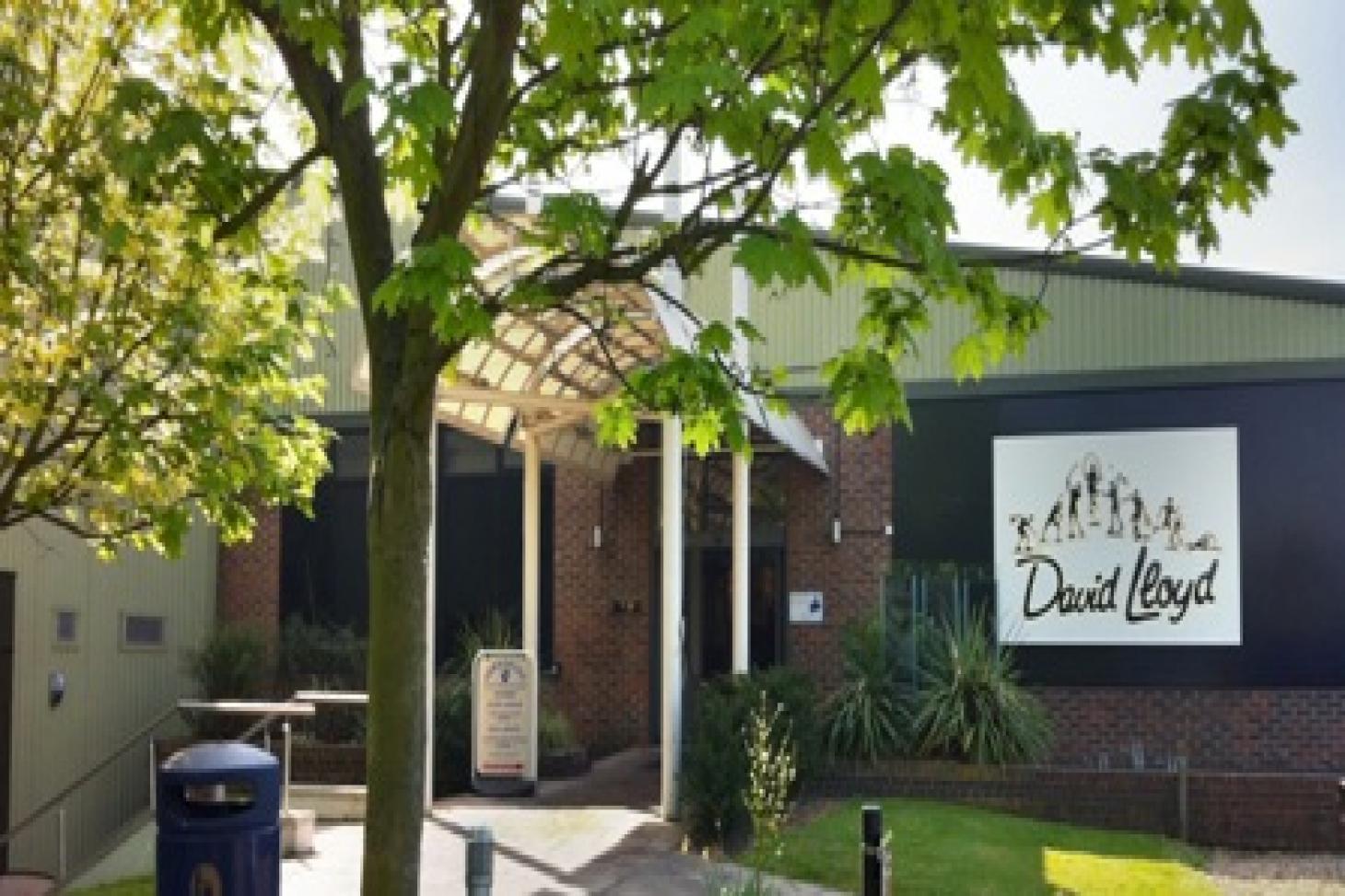 David Lloyds Raynes Park Indoor tennis court