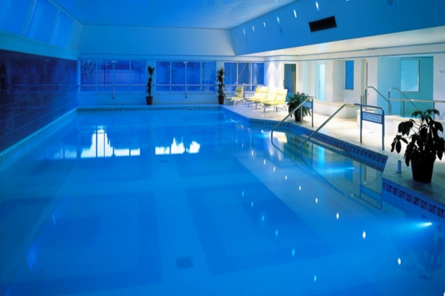 Hogarth Health Club Indoor swimming pool