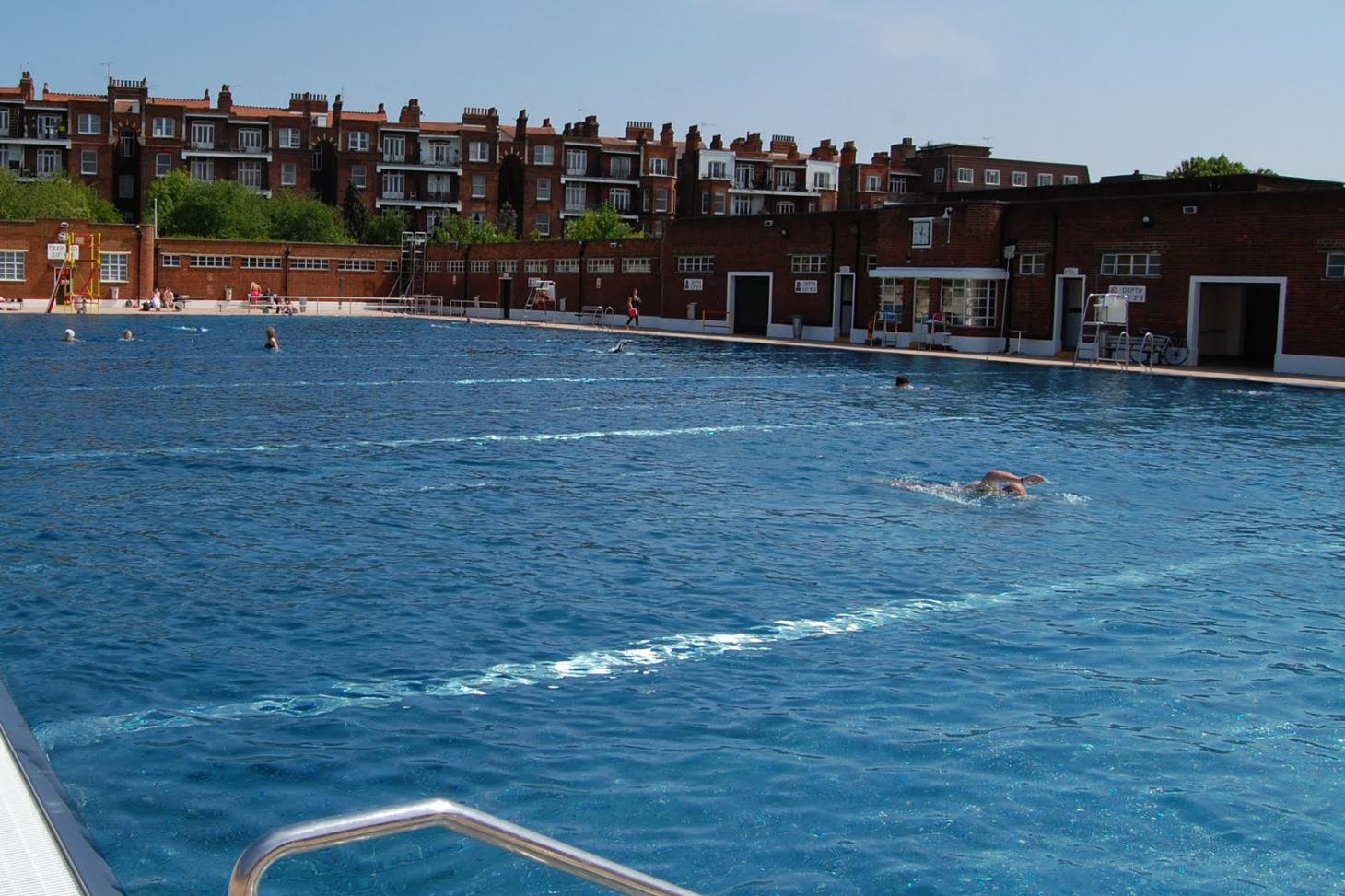 Parliament Hill Lido Outdoor swimming pool