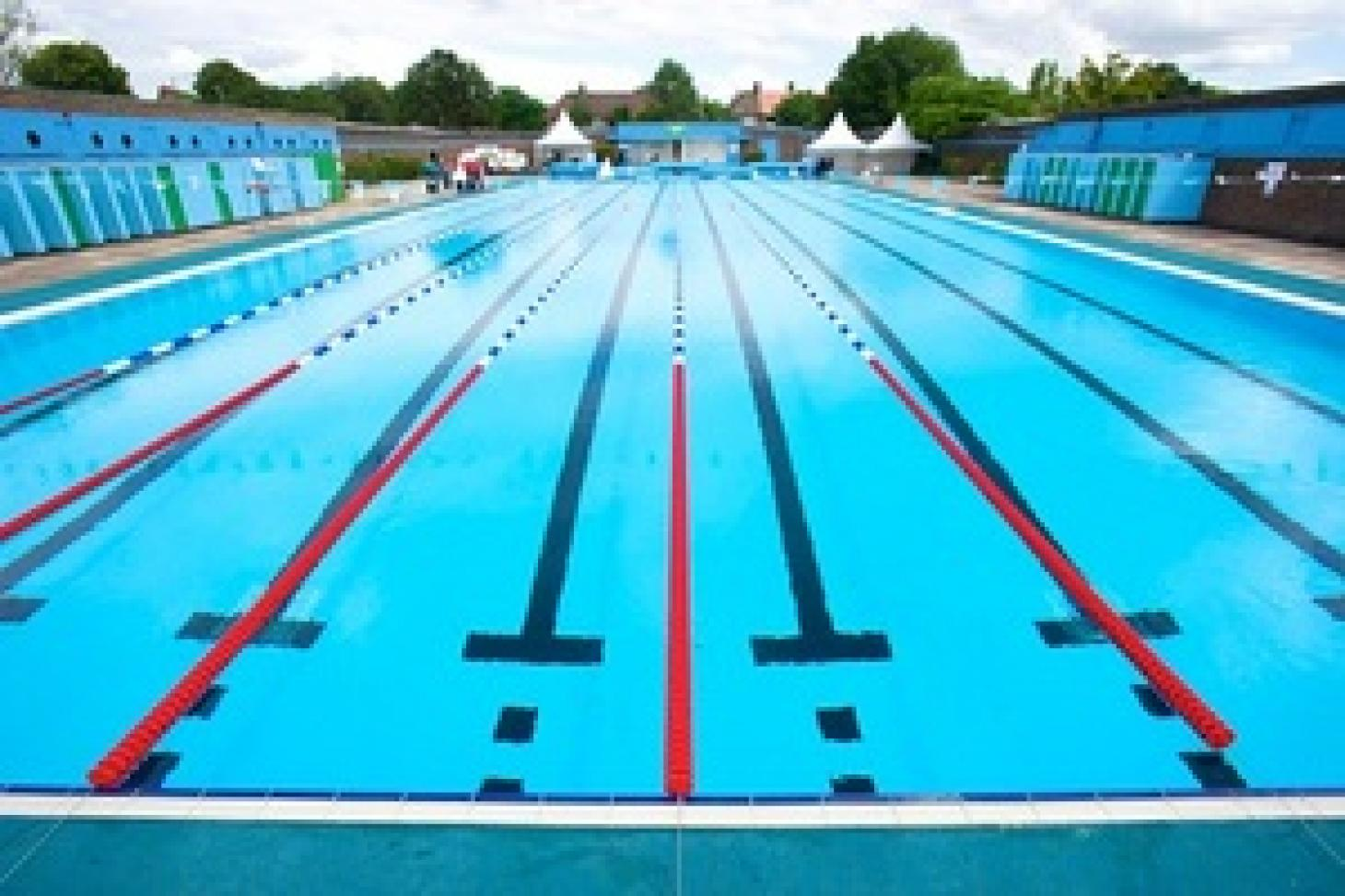 Charlton Lido Outdoor swimming pool
