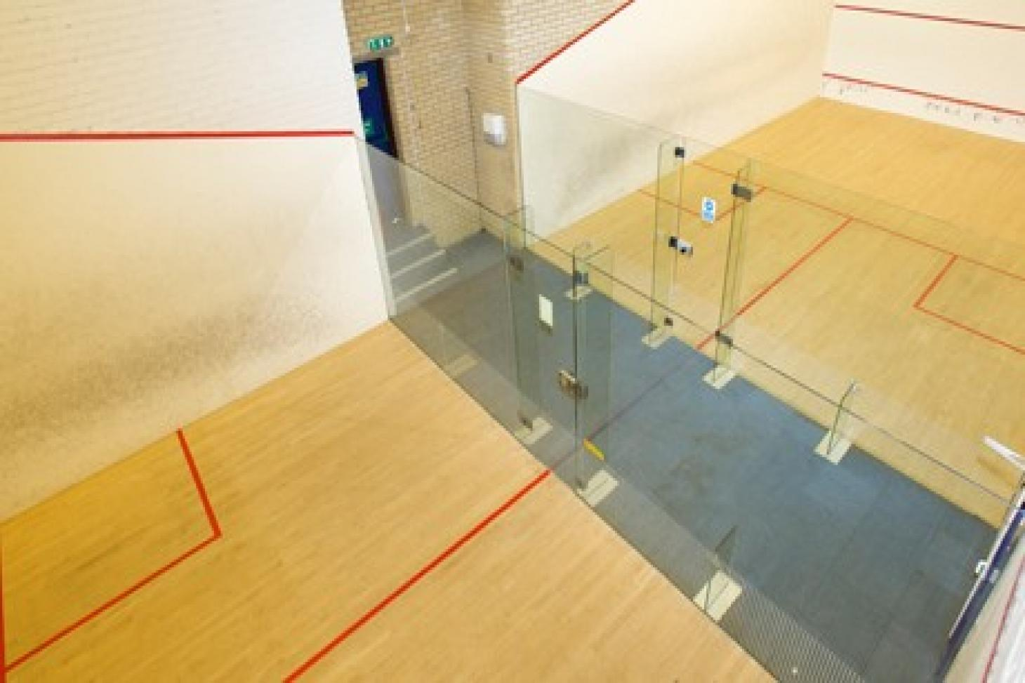 Nuffield Health Battersea Indoor   Hard squash court