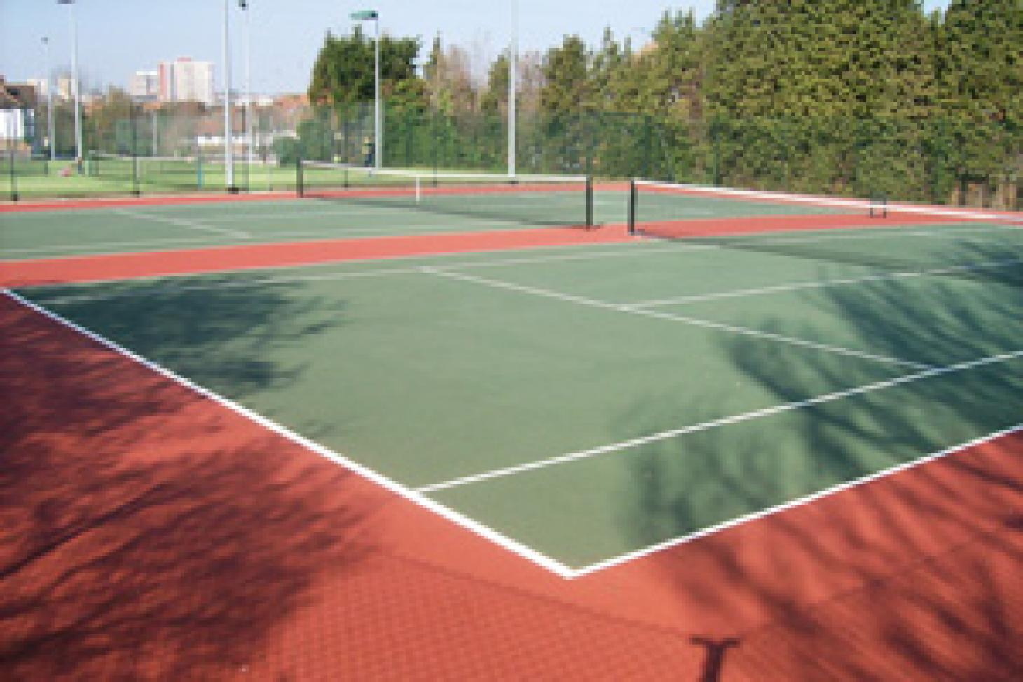 The Temple Fortune Club Outdoor | Astroturf tennis court