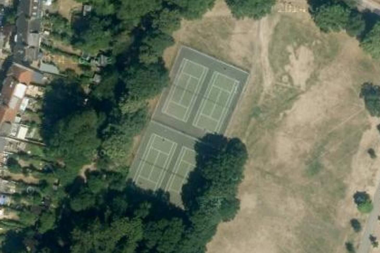 Palewell Common Outdoor | Hard (macadam) tennis court