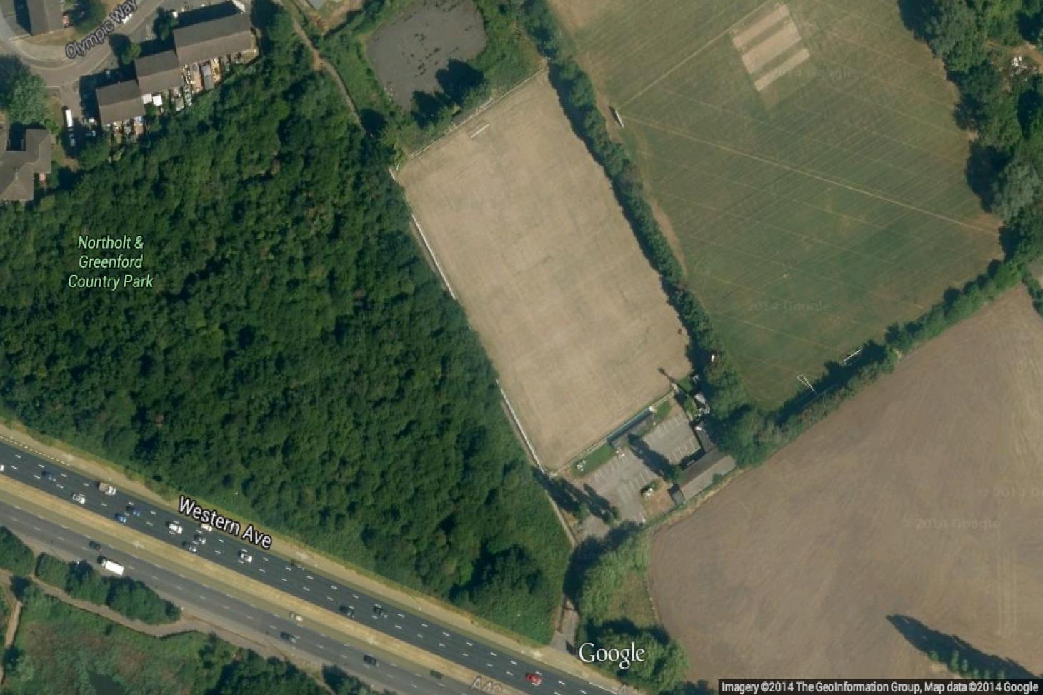 London Marathon Playing Fields - Greenford 11 a side | Grass football pitch