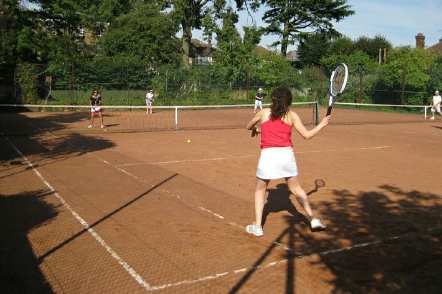 Fortis Green Tennis Club Outdoor | Clay tennis court