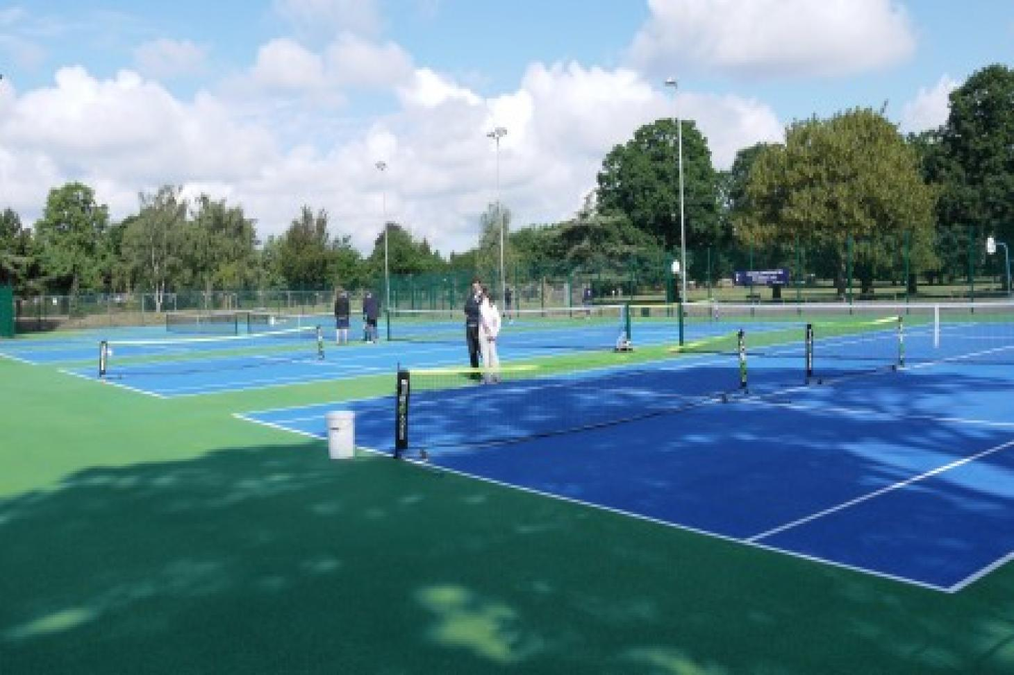 Bruce Castle Park Outdoor   Hard (macadam) tennis court