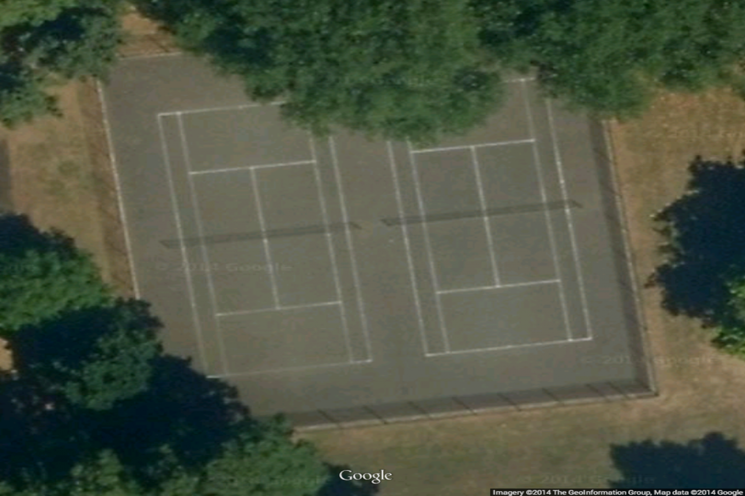 Royal Victoria Gardens Outdoor | Concrete tennis court