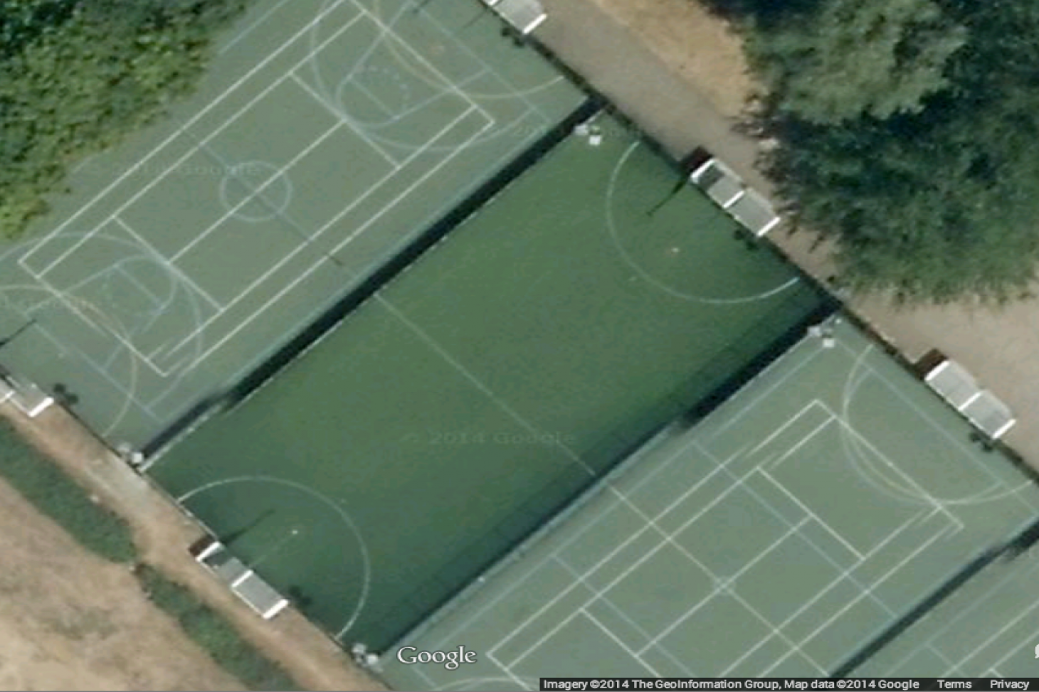Elthorne Sports Centre Outdoor | Concrete tennis court