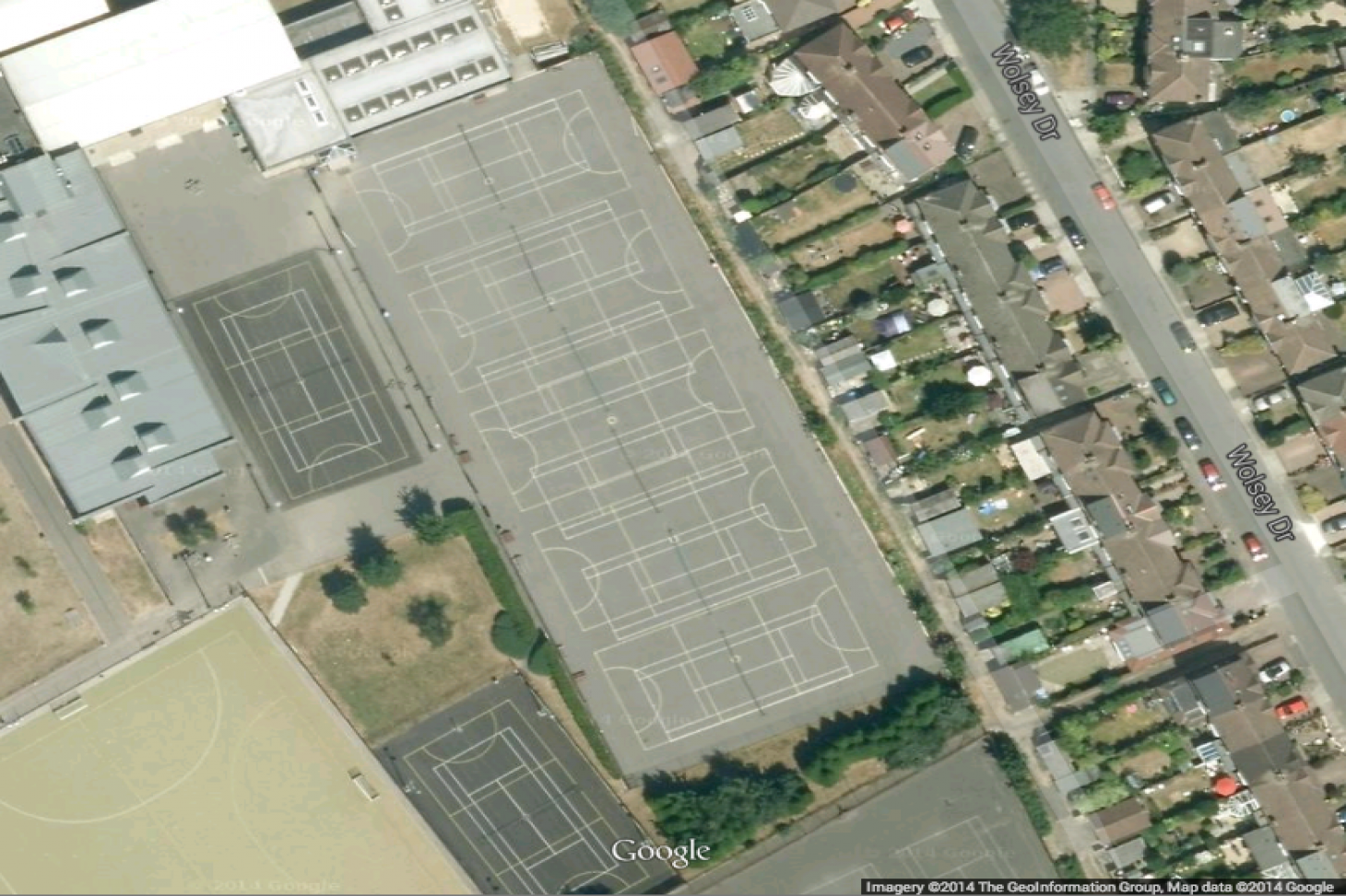 Tiffin Girls School Community Sports Centre Outdoor | Concrete tennis court