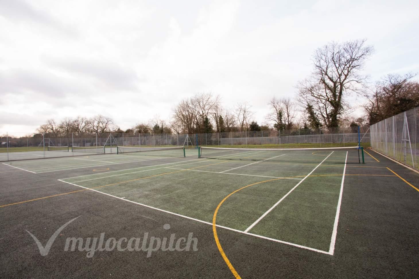 King George's Field Outdoor   Hard (macadam) netball court