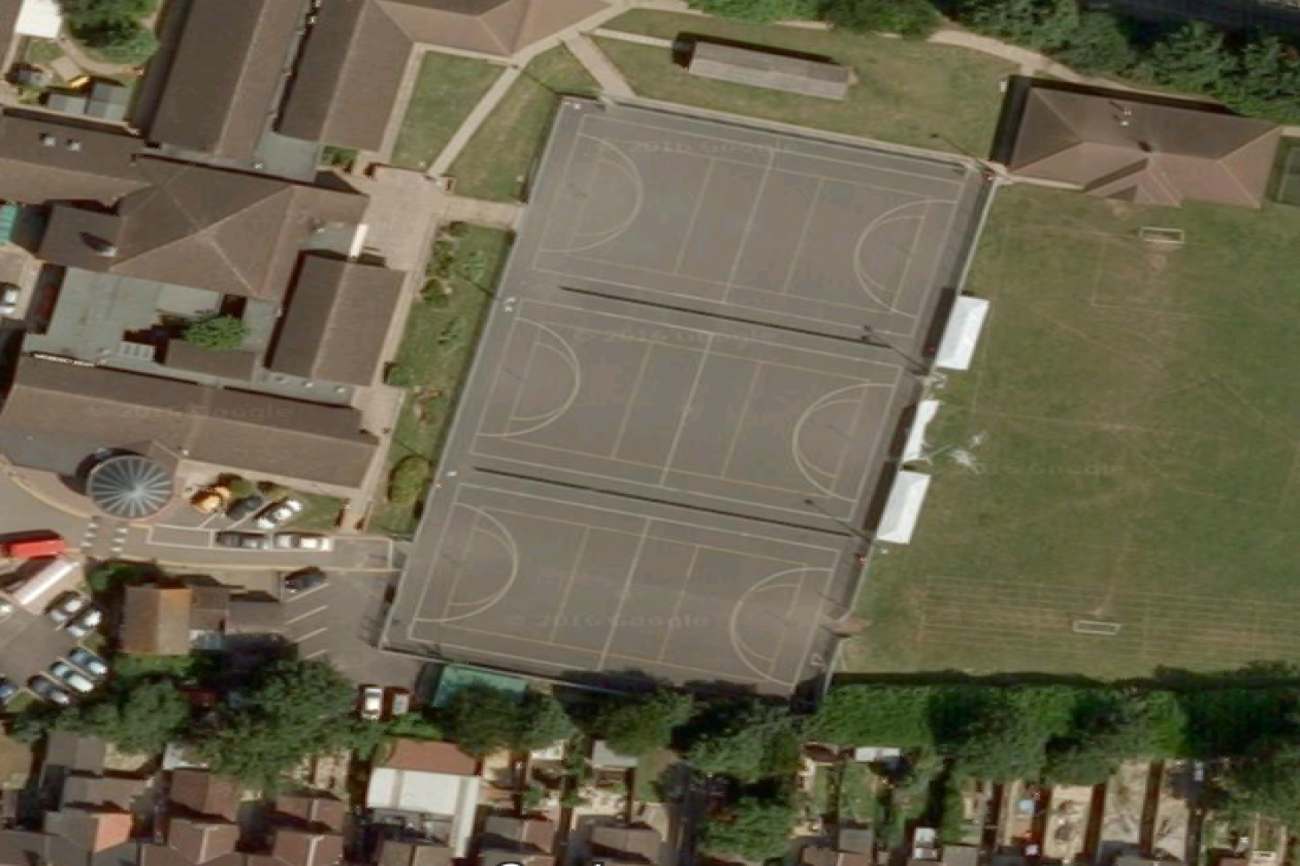 Dallow Primary School Outdoor | Concrete netball court