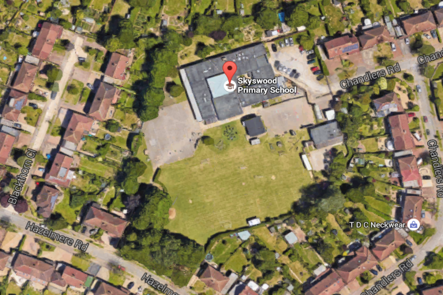 Skyswood Primary School 11 a side | Grass football pitch