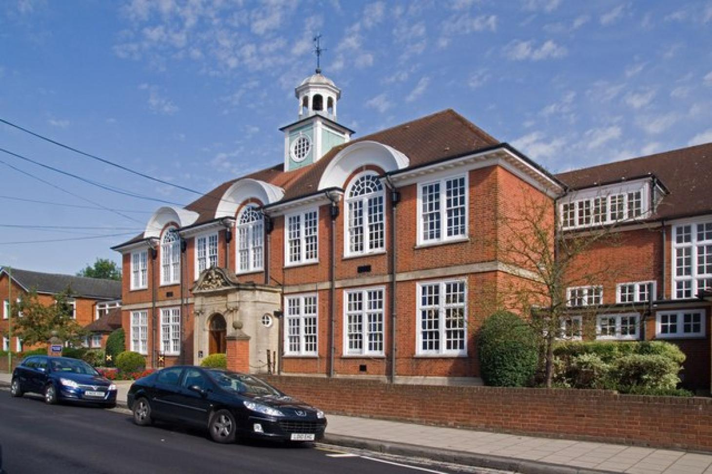 St Albans High School for Girls Indoor | Hard badminton court