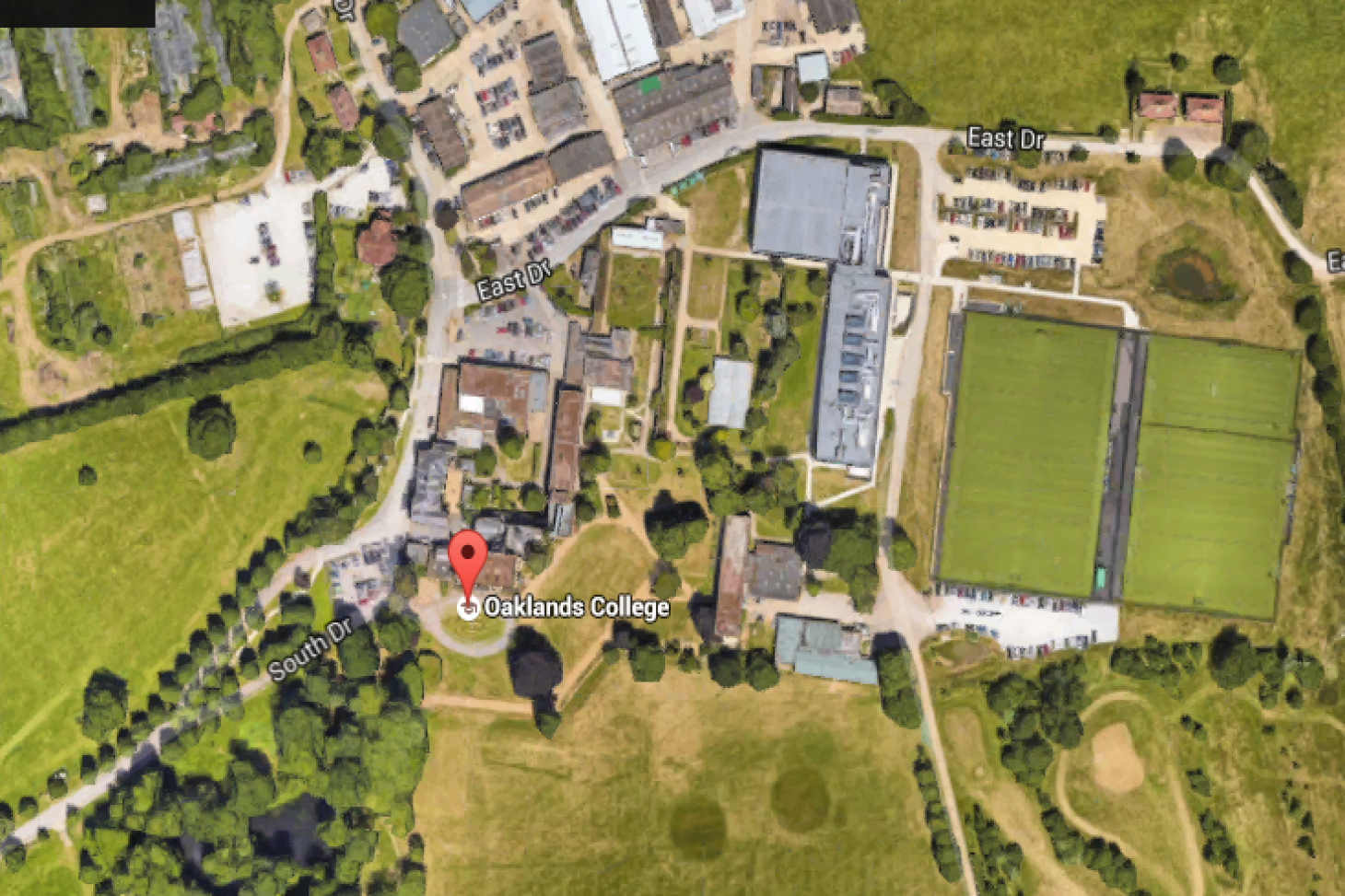 Sports Zone at Oaklands College Union | Astroturf rugby pitch