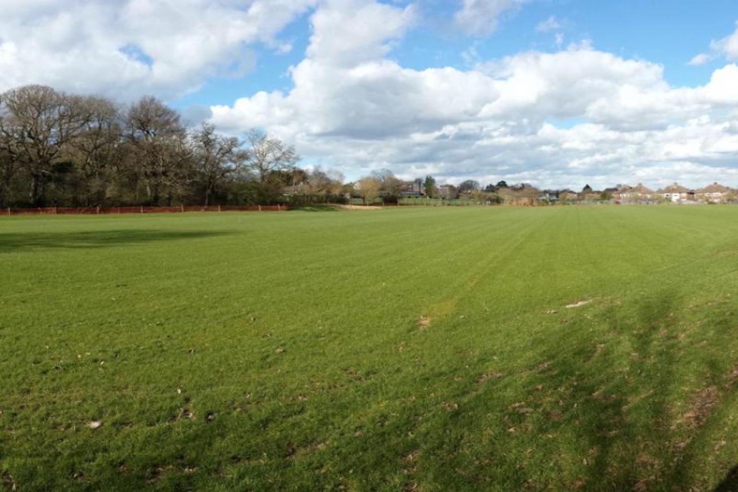 Chislehurst Recreation Ground 11 a side | Grass football pitch