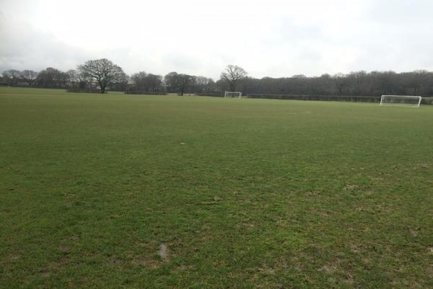 Old Bromleians Football Club 11 a side | Grass football pitch