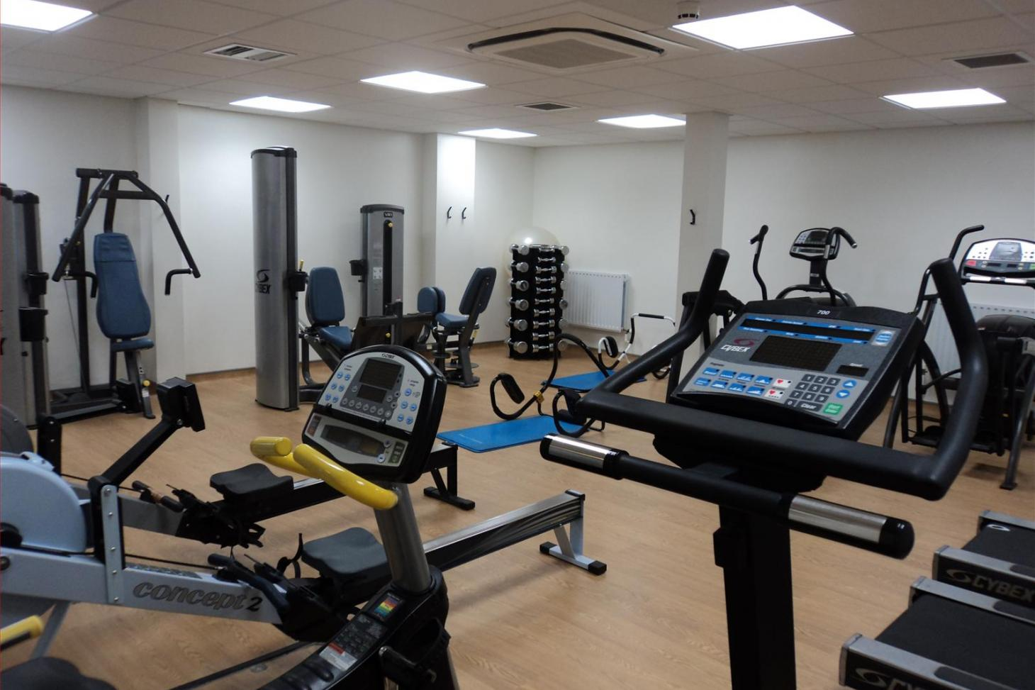Croydon Sports Club Indoor gym
