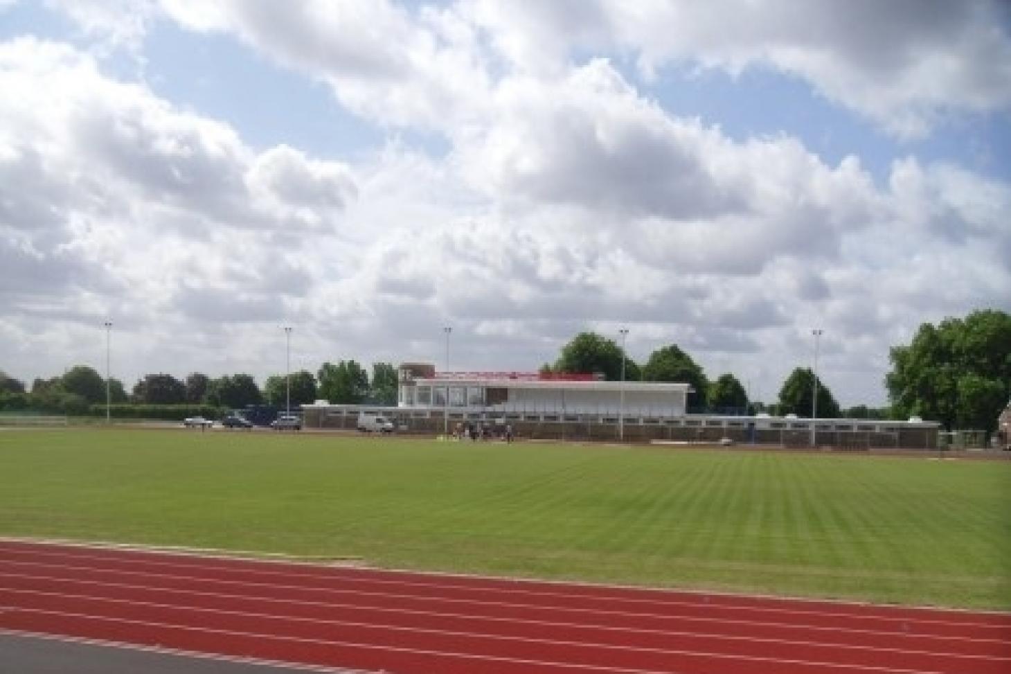 Queen Elizabeth Stadium Enfield Outdoor | Artificial athletics track