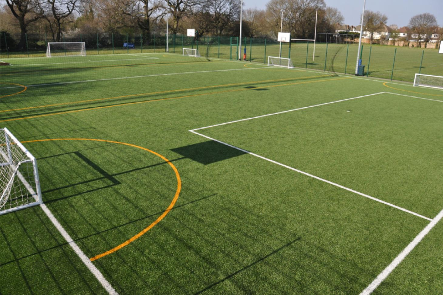 Richard Challoner School 5 a side | 3G Astroturf football pitch