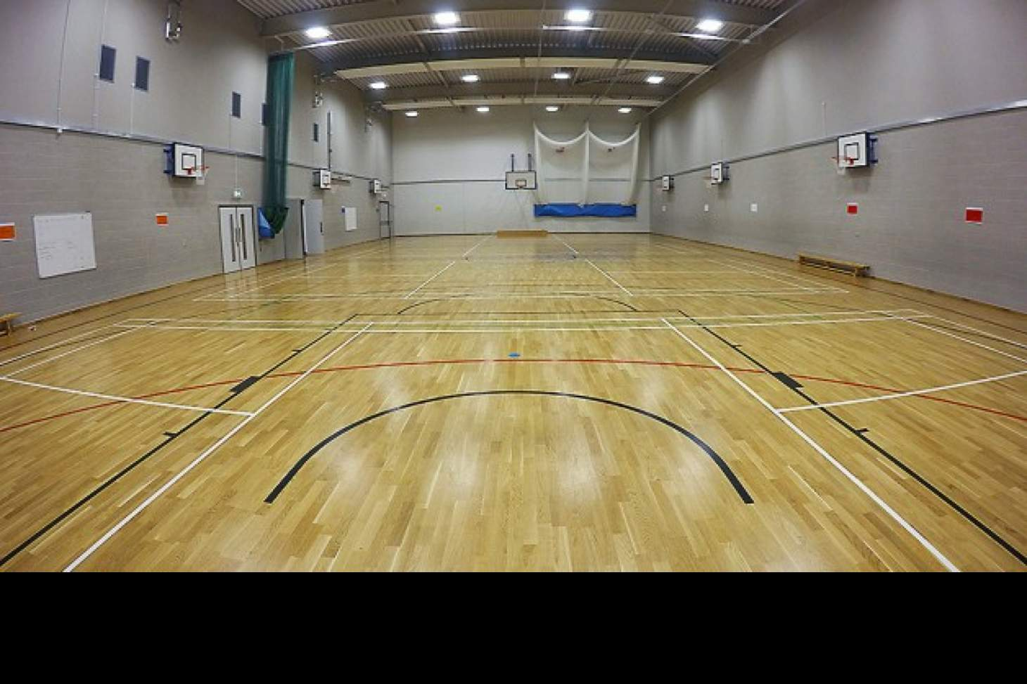 School 21 Nets | Sports hall cricket facilities