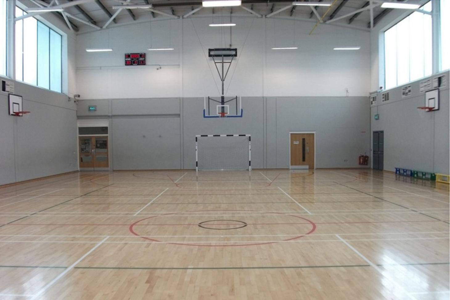 Mountview Youth & Community Centre Indoor   Hard badminton court
