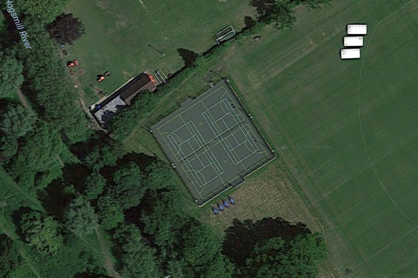 King's College Sports Ground - New Malden Outdoor | Concrete netball court