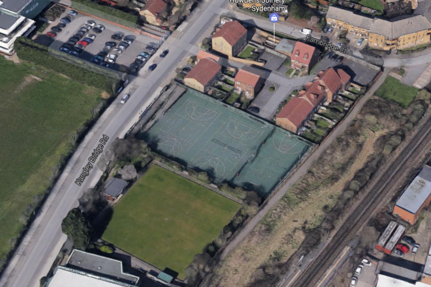 The Bridge Leisure Centre Outdoor | Hard (macadam) tennis court