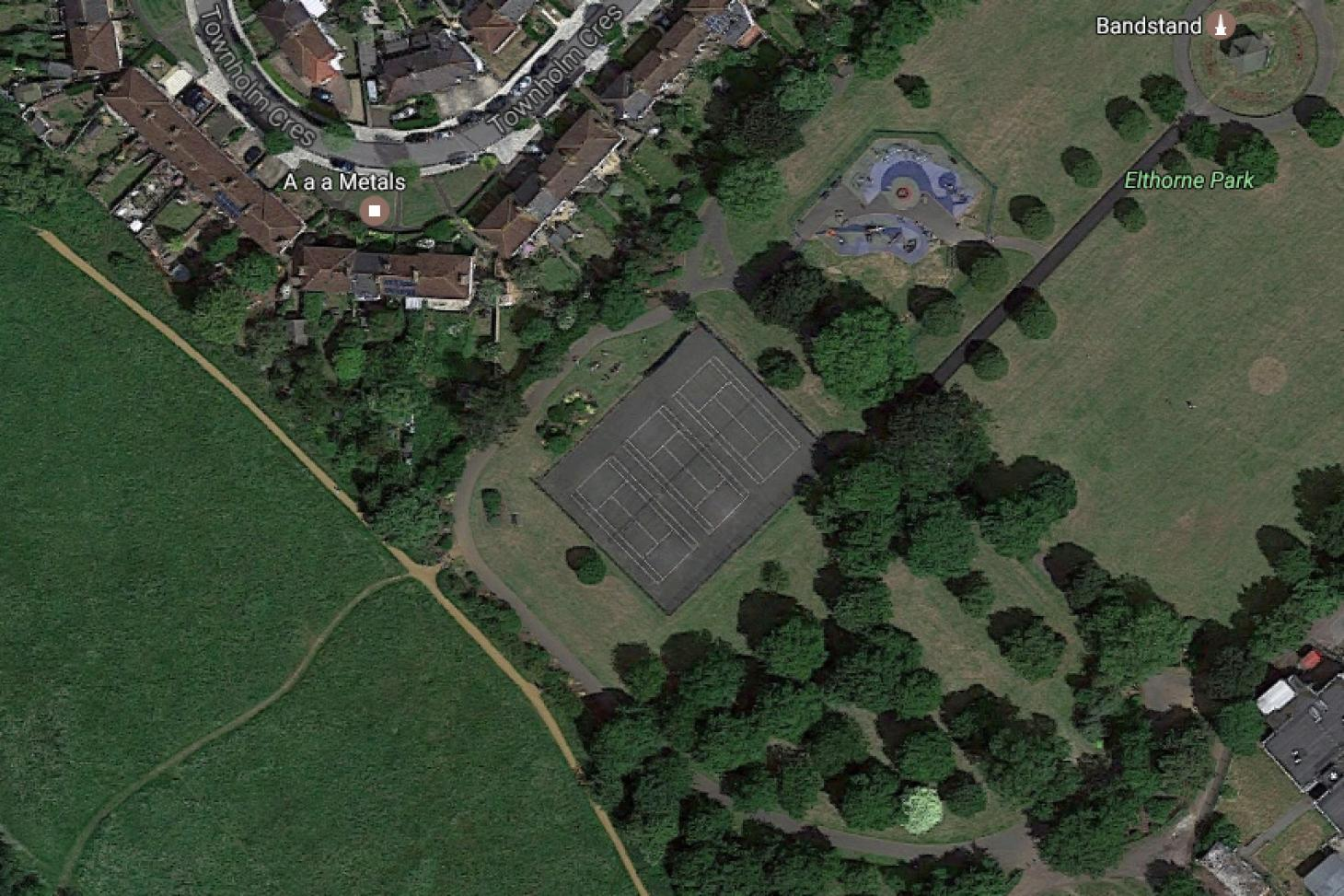 Elthorne Park Outdoor | Hard (macadam) tennis court